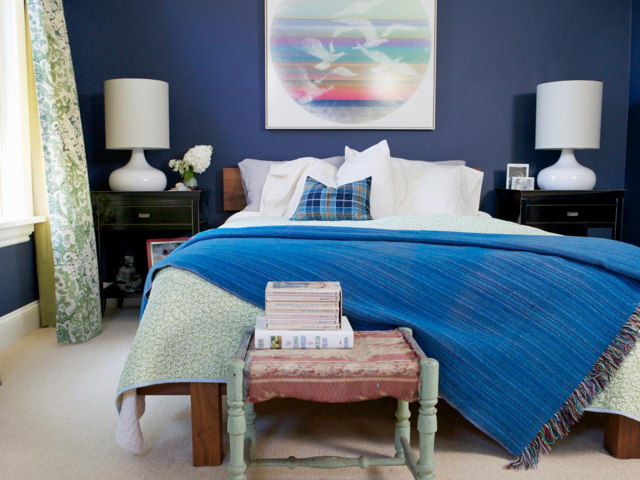 Here is How to Decorate the Space Around Your Bed